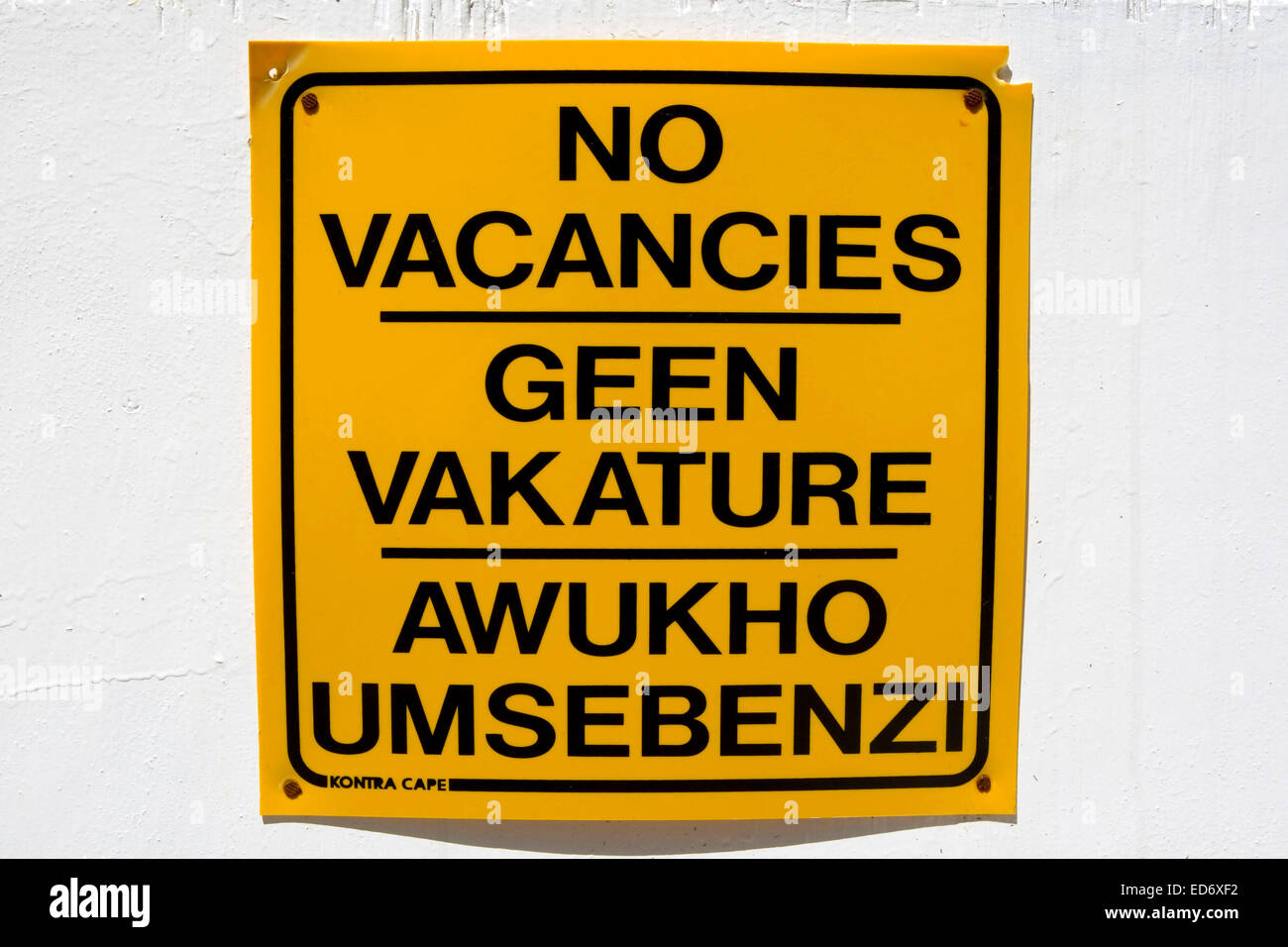 Road sign in Afrikaans, english and zulu languages, Cape Town - Stock Image