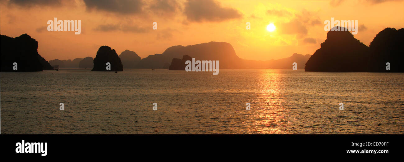 Halong-Bucht, Vietnam, Asien - Stock Image
