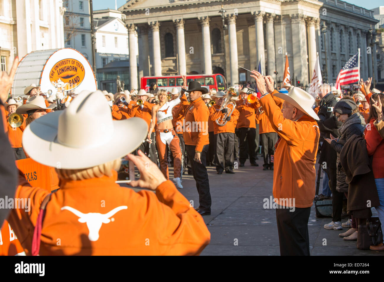 Trafalgar Square, London, UK.  30th December 2014.  The oldest member of the University of Texas Longhorn Alumni - Stock Image