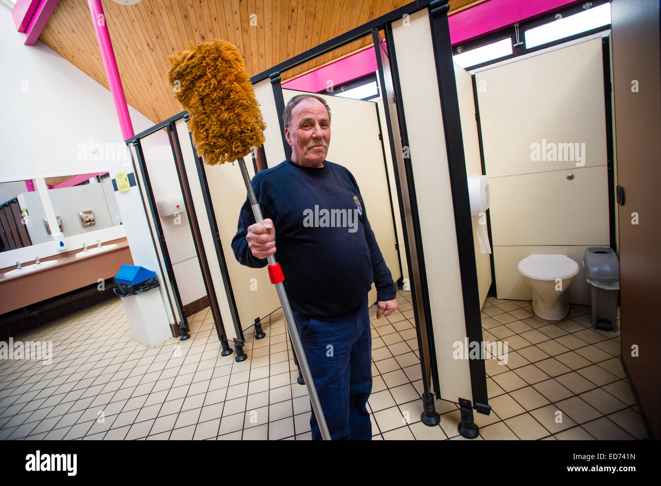 ROB RUSSELL, toilet attendant / cleaner : winner of the  Wales Individual Attendant of the Year, in the 'Loo - Stock Image