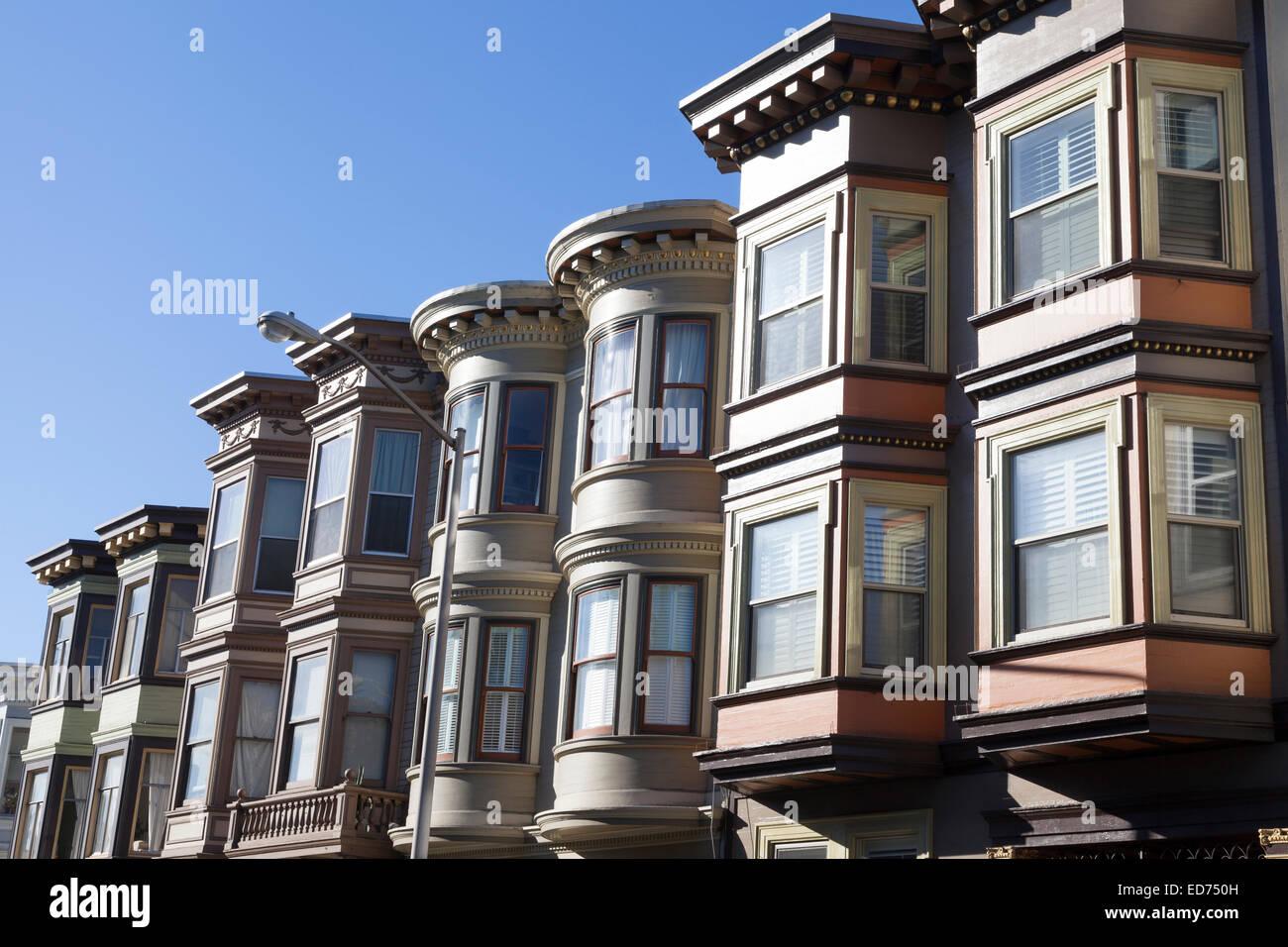 Rows of bay windows along Stockton Street in North Beach - San Francisco, San Francisco County, California, USA - Stock Image