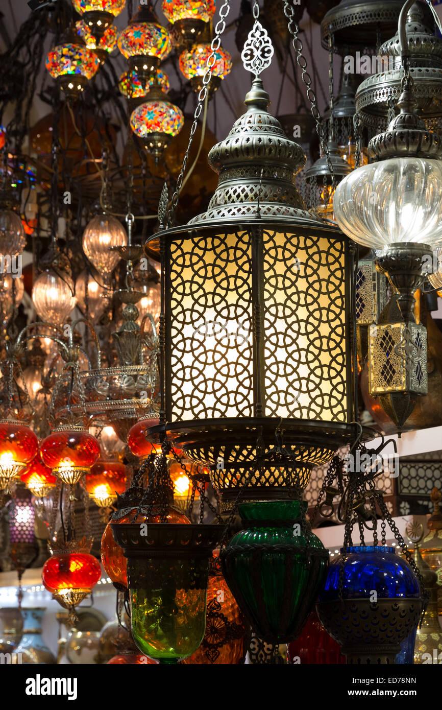 Traditional Turkish ornate lanterns lamps in The Grand Bazaar, Kapalicarsi, great market in Beyazi, Istanbul, Turkey - Stock Image