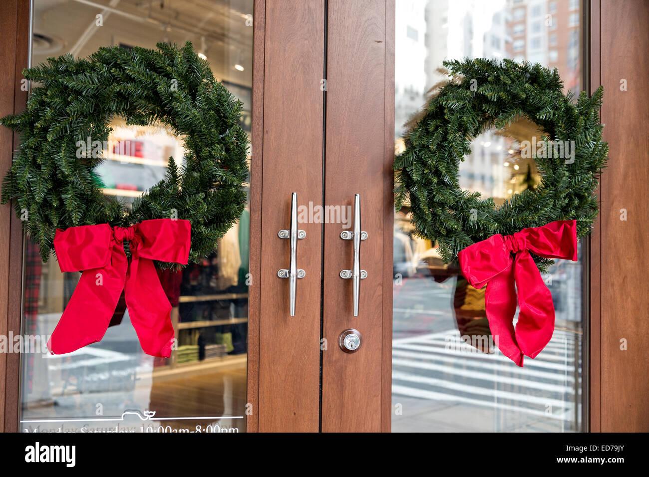 Christmas Wreaths Stock Photos Amp Christmas Wreaths Stock