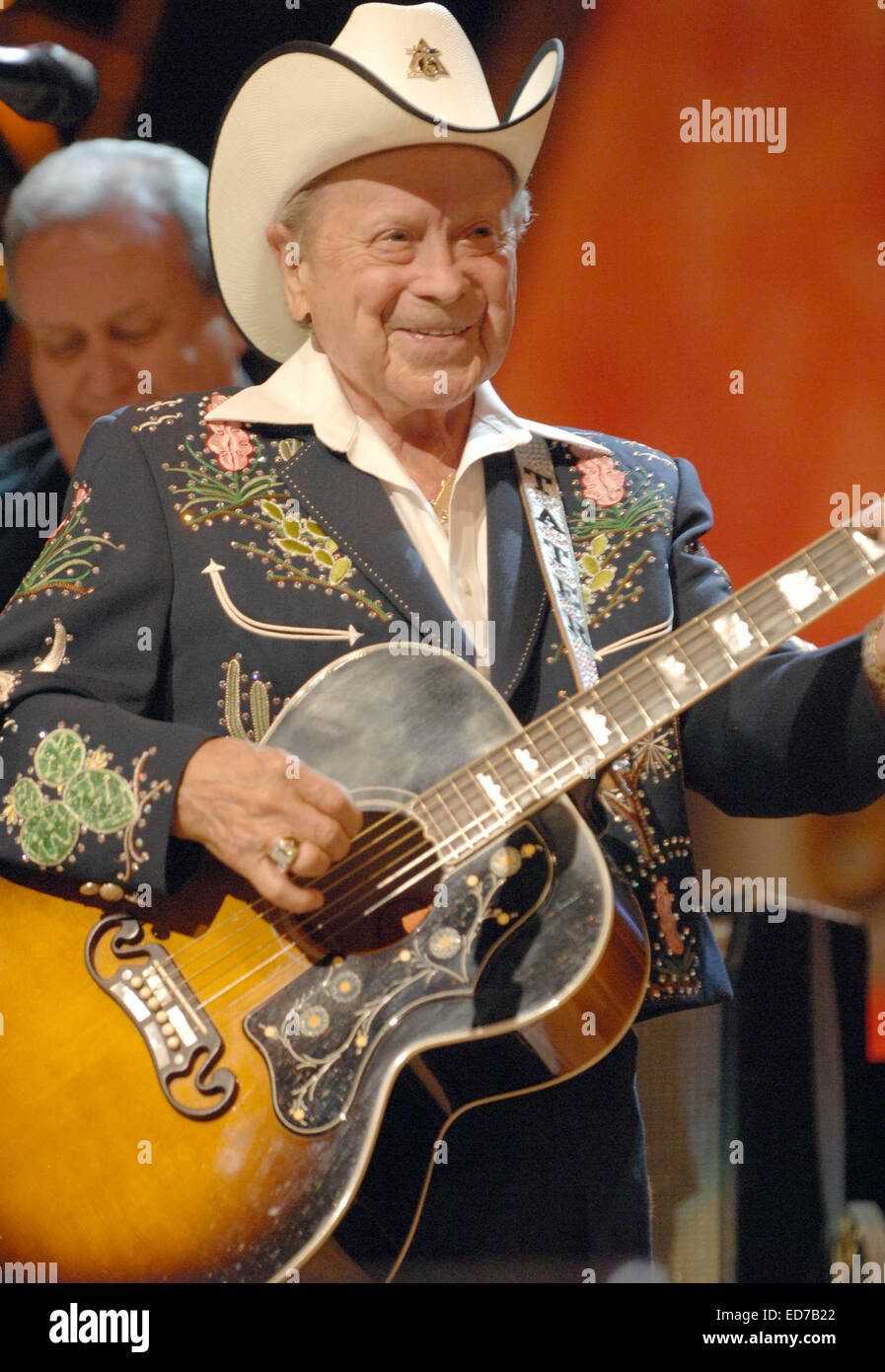 File. 29th Dec, 2014. Veteran country star JIMMY DICKENS, who turned 94, is in a Nashville area hospital.The Grand - Stock Image