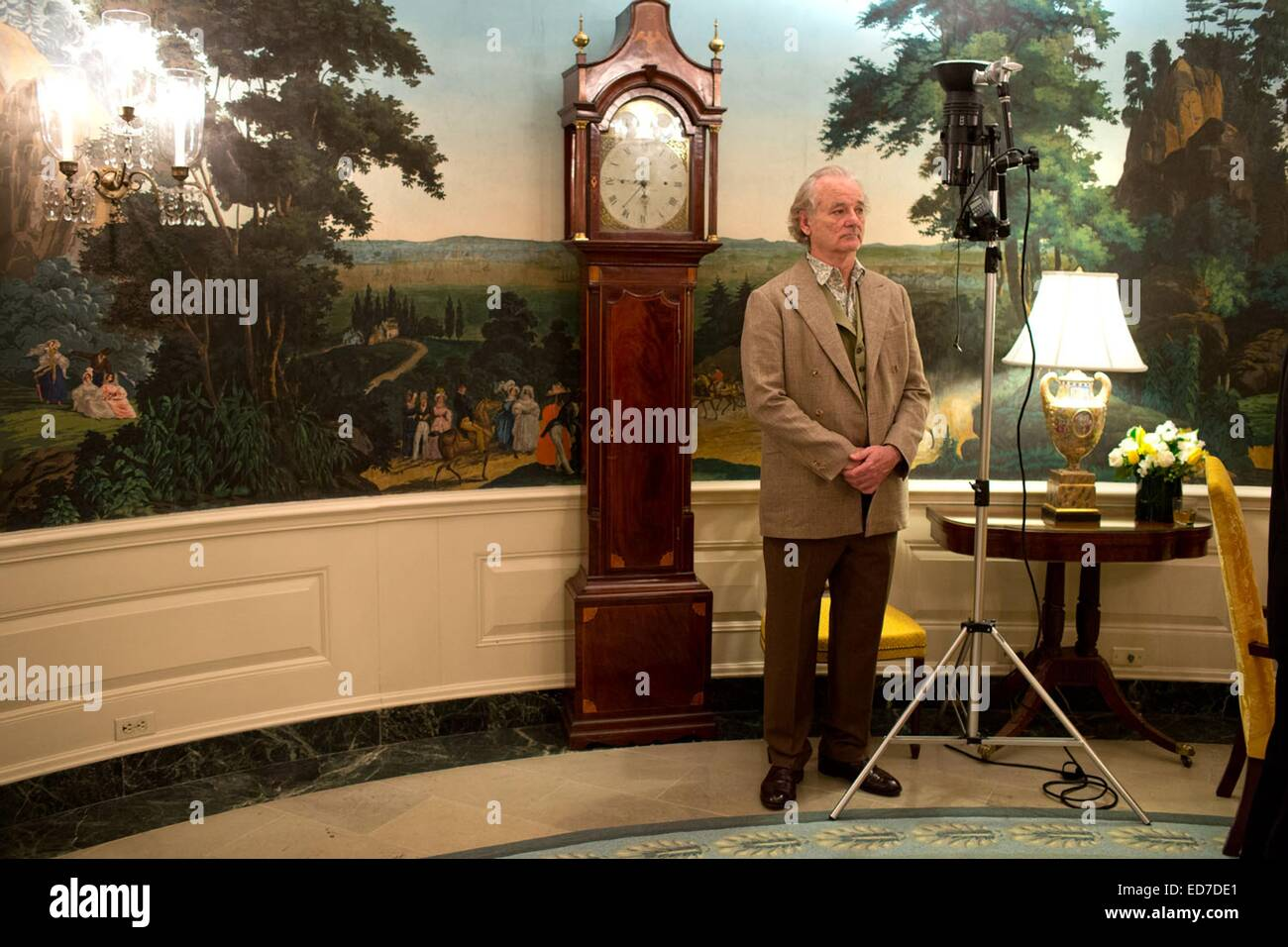 Actor and comedian Bill Murray waits patiently to greet US President Barack Obama in the Diplomatic Reception Room - Stock Image