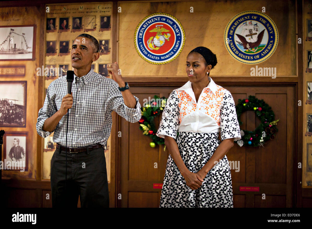 US President Barack Obama and First Lady Michelle Obama thanks the troops during a Christmas visit to meet Marines - Stock Image