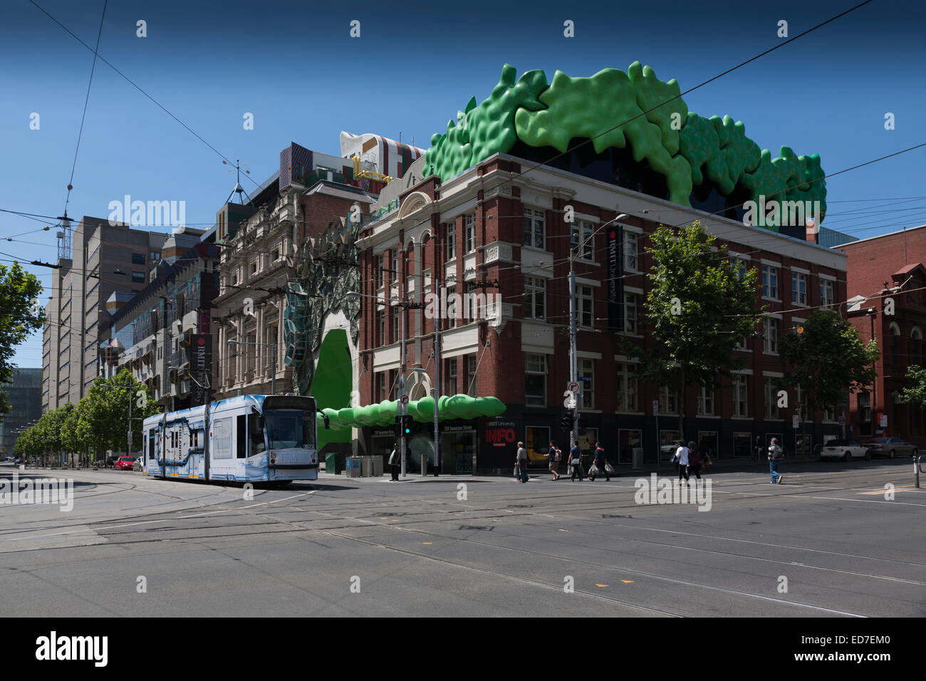 how to stop a tram in melbourne