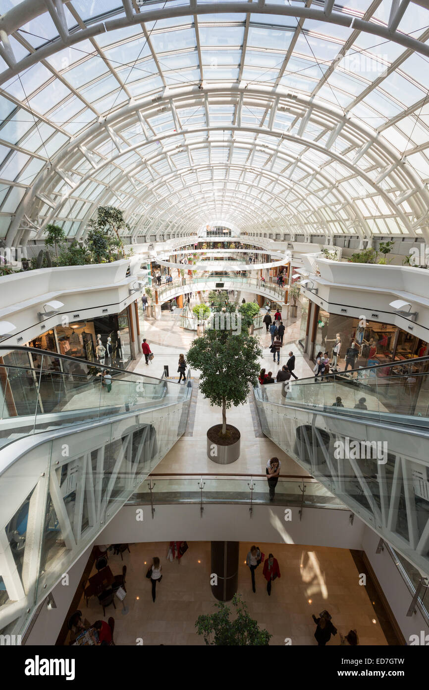 Luxury shops at Istinye Park shopping mall near the Levent financial and business district of Istanbul, Turkey - Stock Image