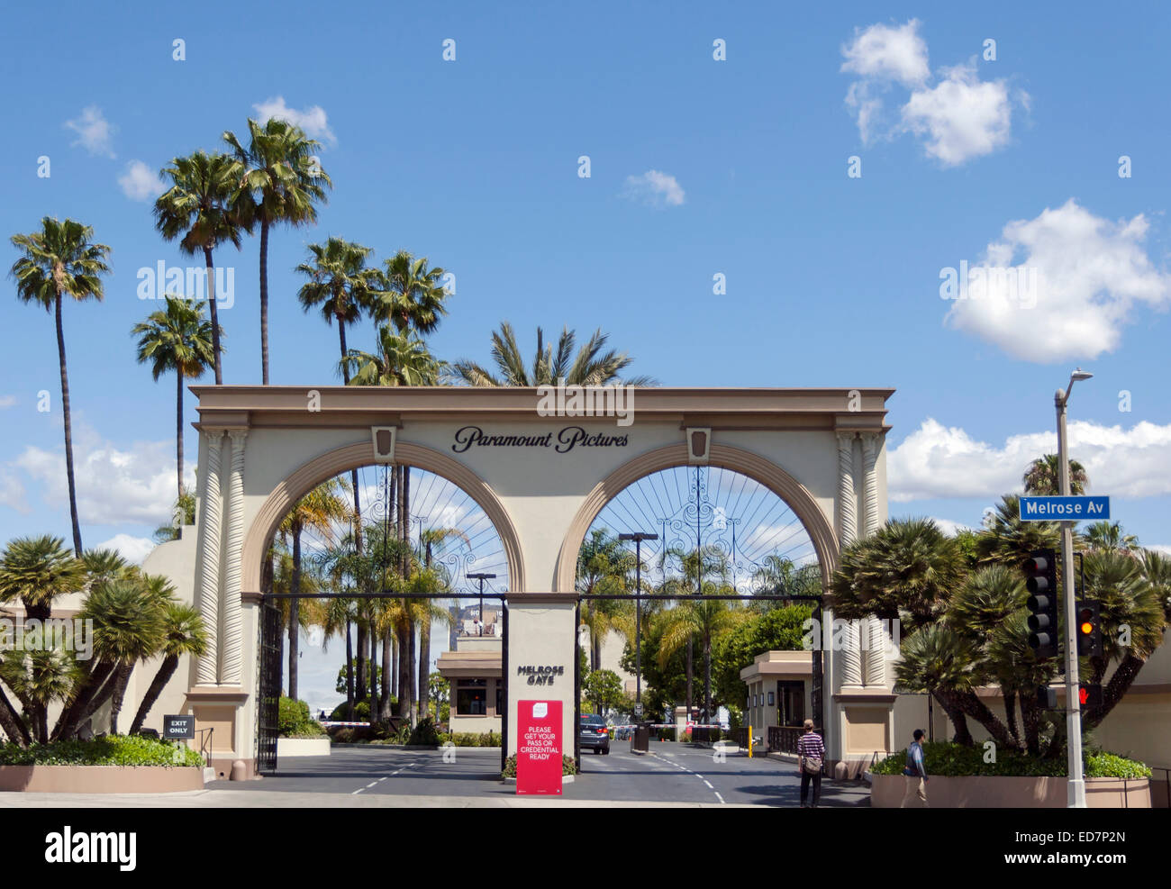 Hollywood, Los Angeles, California, United States of America.  The Melrose Gate entrance to Paramount Pictures' - Stock Image