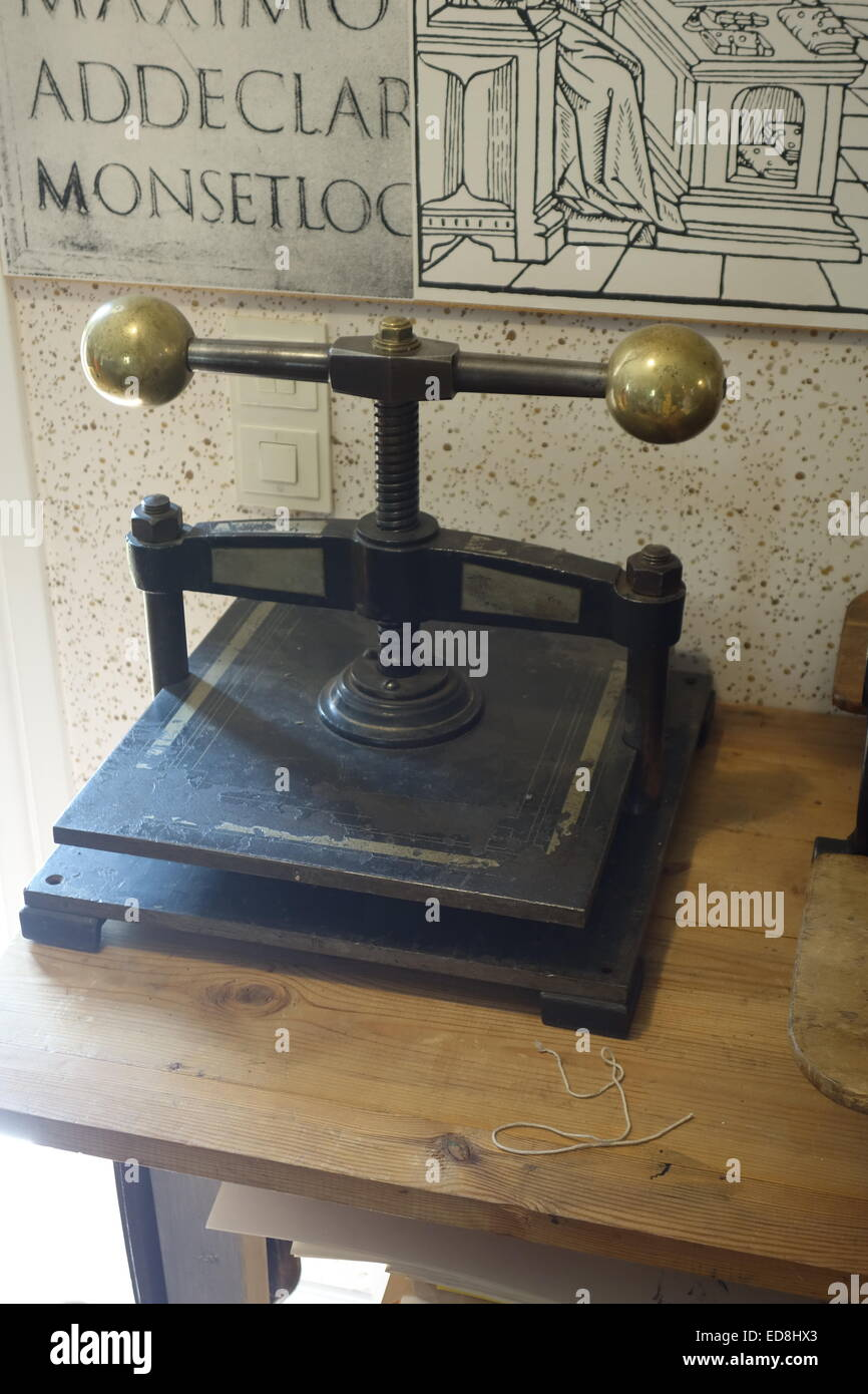 Iron letter copying press from  late 19th century - Stock Image