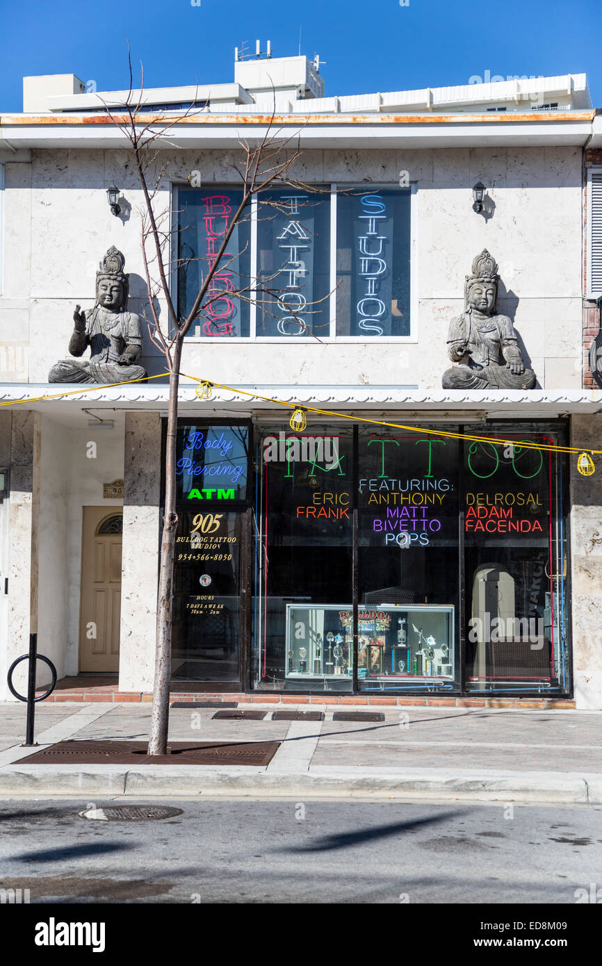 Ft. Lauderdale, Florida. Tattoo and Body Piercing Studio Stock Photo ...