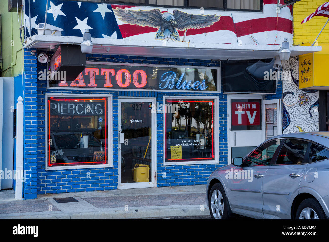 Ft. Lauderdale, Florida. Tattoo and Body Piercing Shop Stock Photo ...