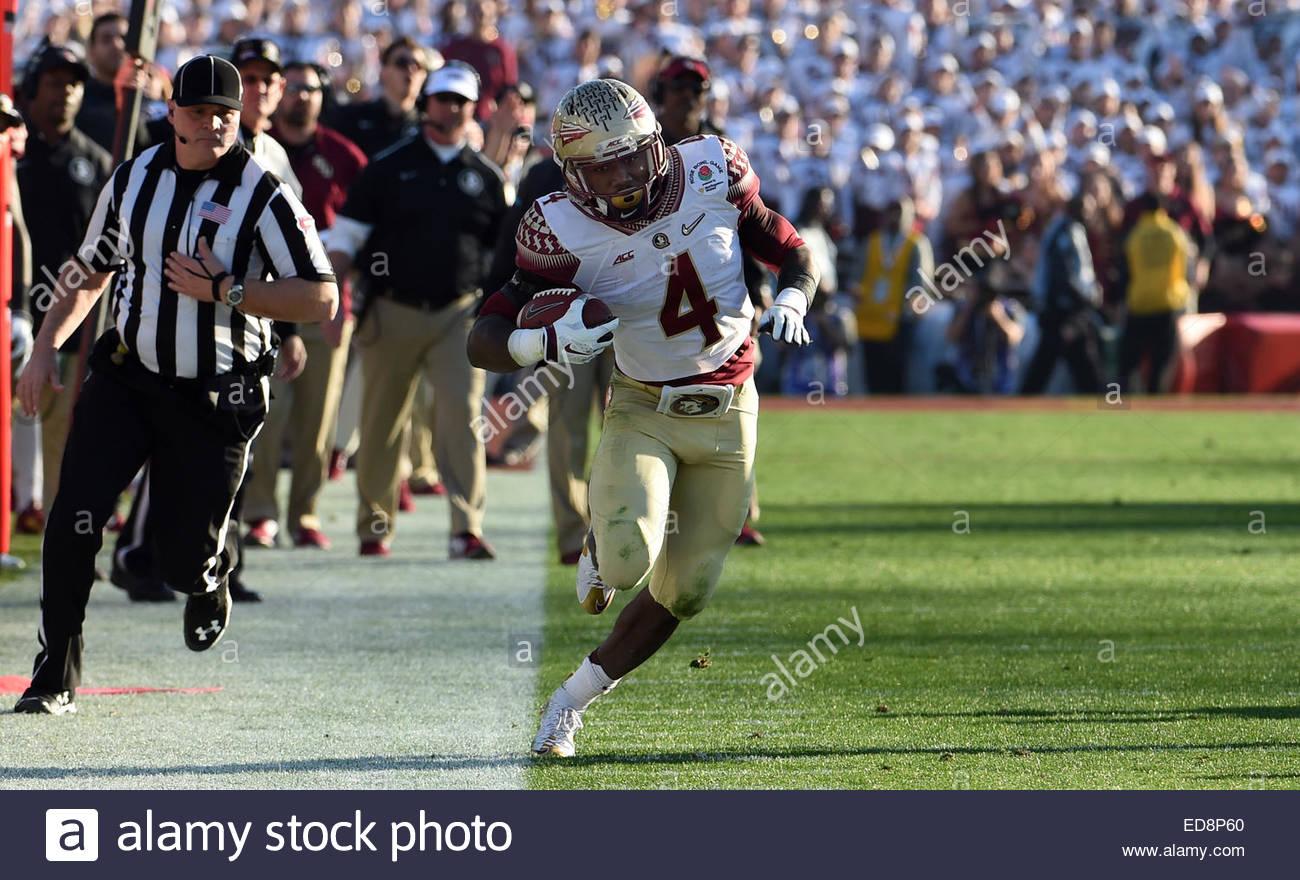 Pasadena, California, USA. 01st Jan, 2015. Florida State Seminoles running back Dalvin Cook (4) catches a pass for - Stock Image