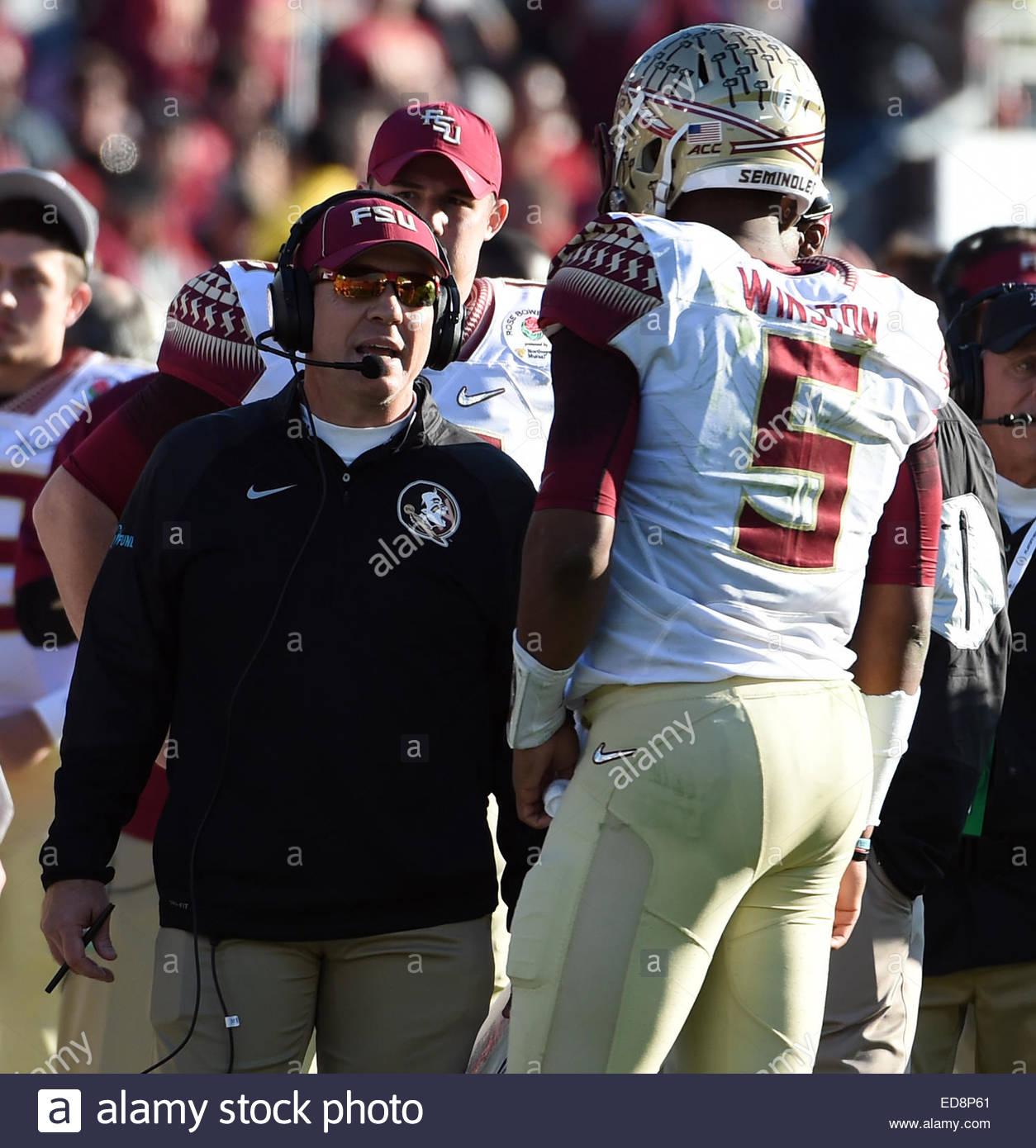 Pasadena, California, USA. 01st Jan, 2015. Florida State Seminoles head coach Jimbo Fisher talks with quarterback - Stock Image