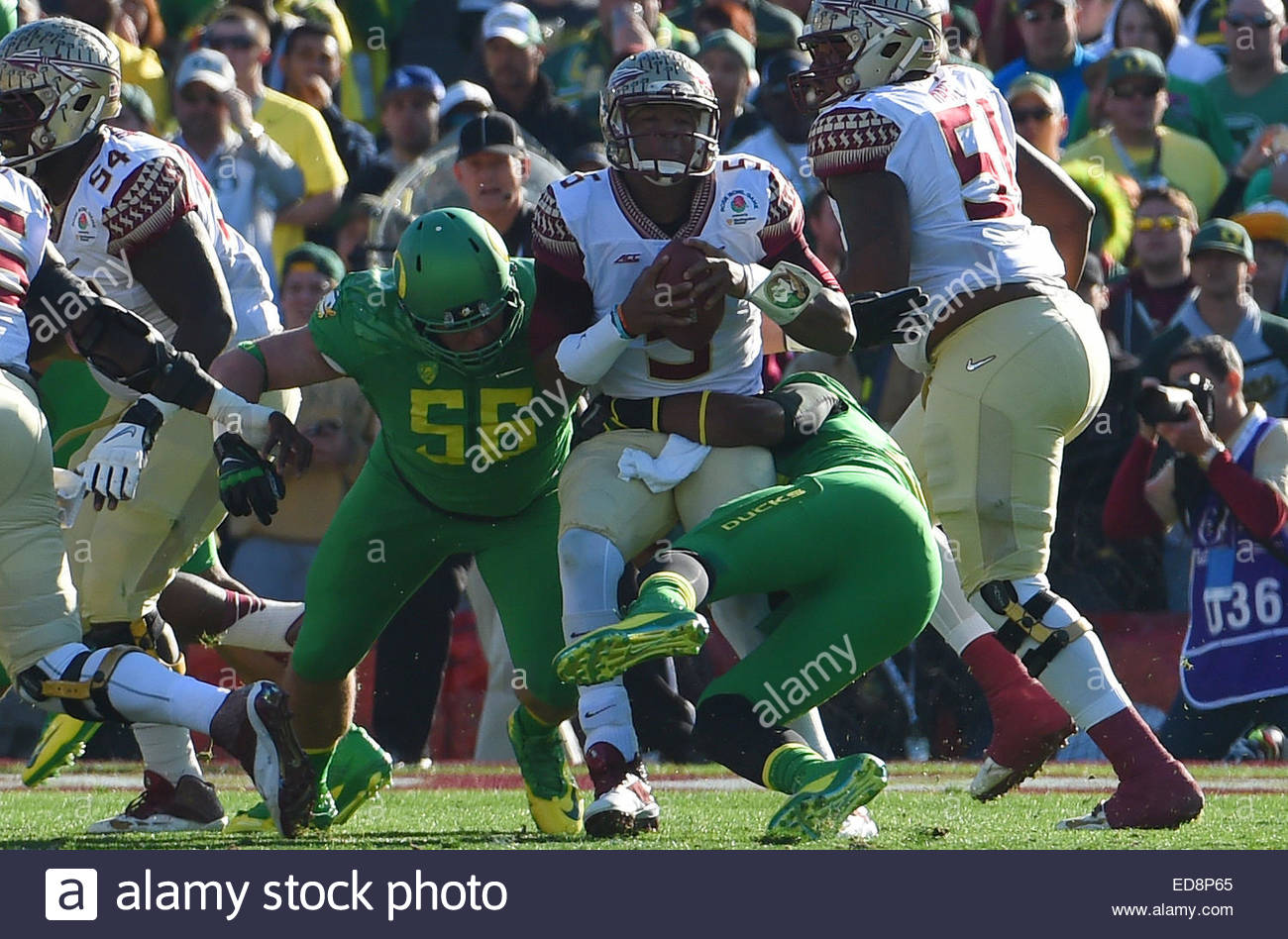 Pasadena, California, USA. 01st Jan, 2015. Florida State Seminoles quarterback Jameis Winston (5) is tackled by - Stock Image