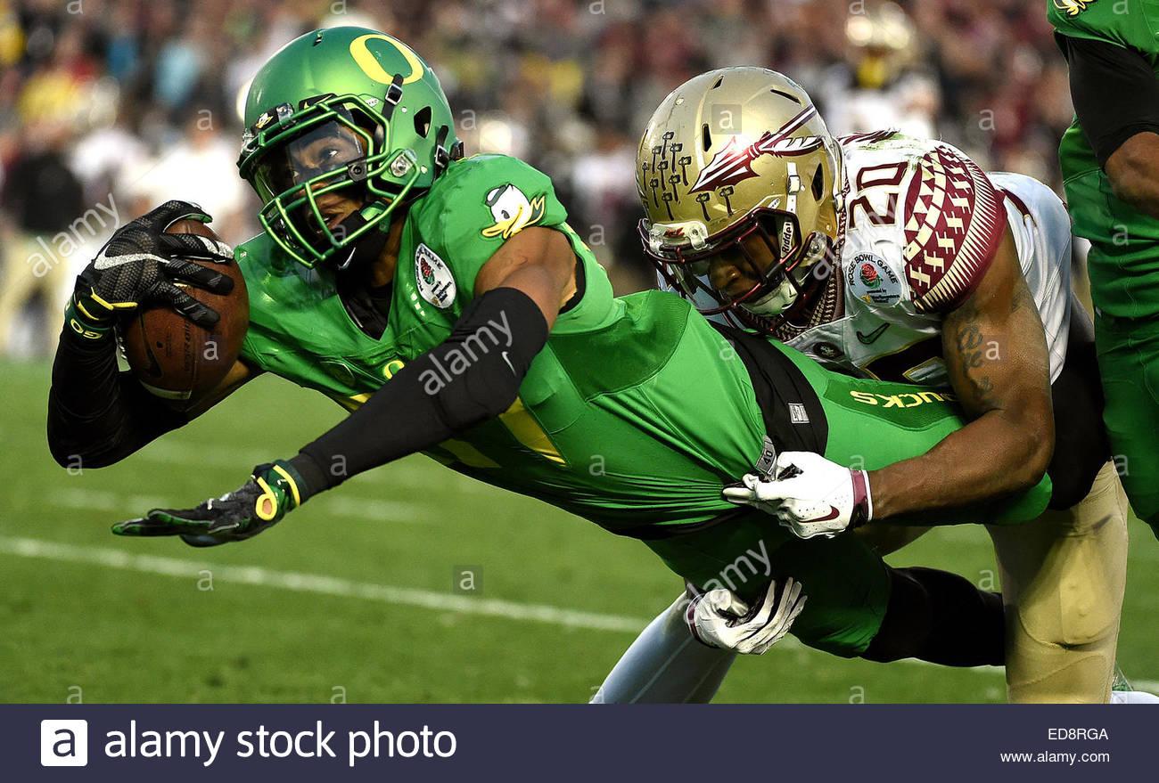 Pasadena, California, USA. 01st Jan, 2015. Oregon Ducks wide receiver Darren Carrington (87) dives for the touchdown - Stock Image