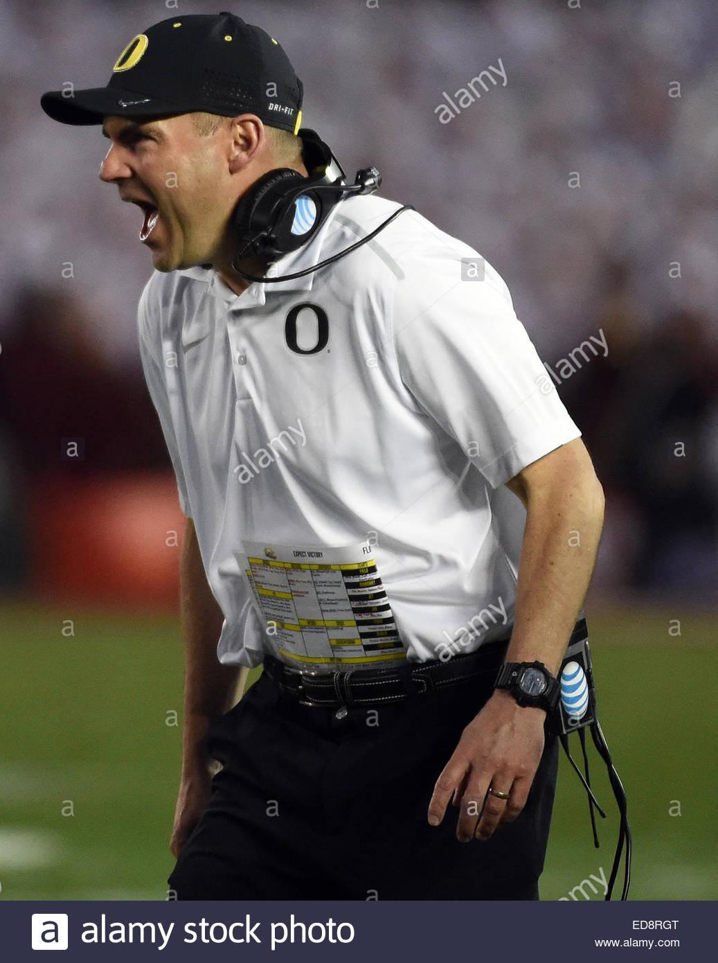 Pasadena, California, USA. 01st Jan, 2015. Oregon Ducks head coach Mark Helfrich reacts after a touchdown against - Stock Image