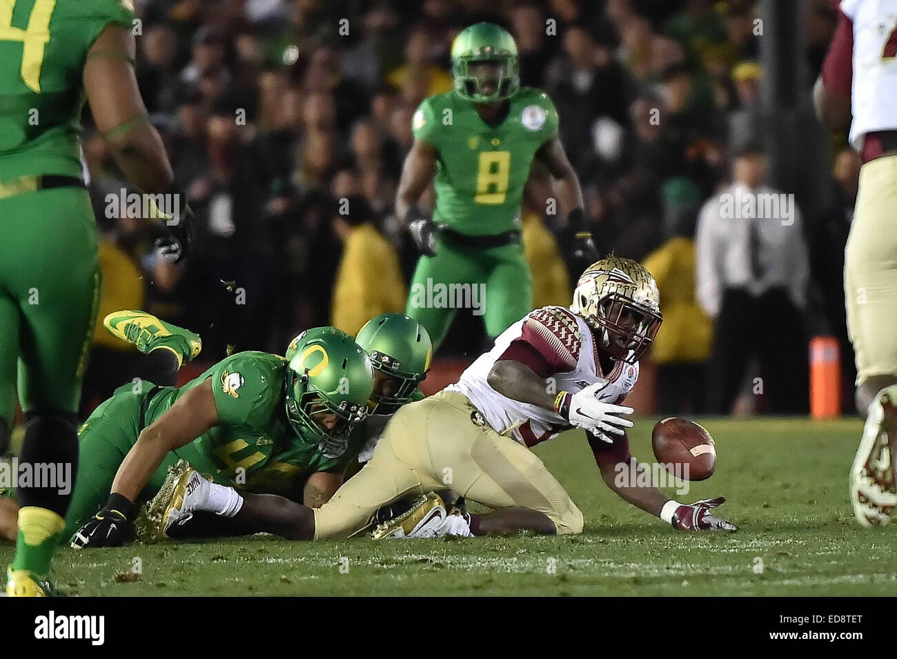 Pasadena, CA. 1st Jan, 2015. Florida State Seminoles wide receiver Jesus Wilson #3 fumble the completed pass, recovered - Stock Image