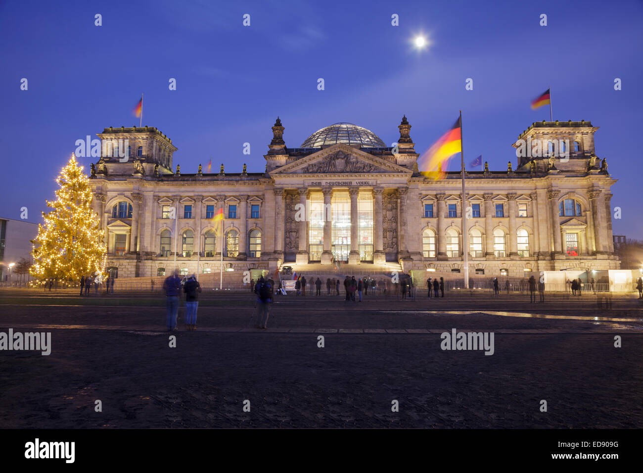 Reichstag with Christmas tree, Berlin, Germany - Stock Image