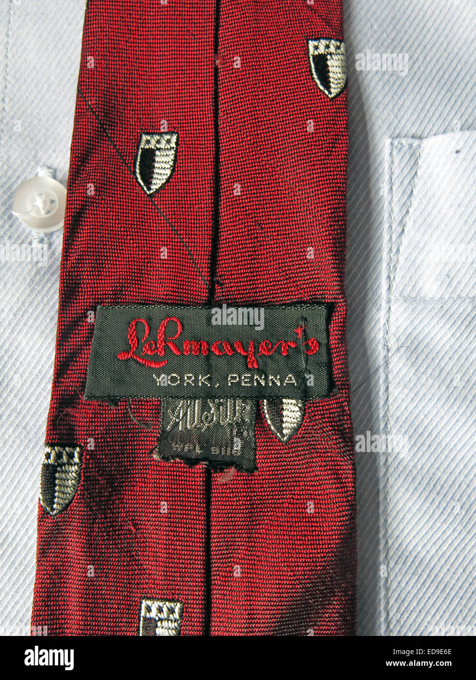Interesting vintage Le Rinayers York Penna tie, male neckware in silk - Stock Image