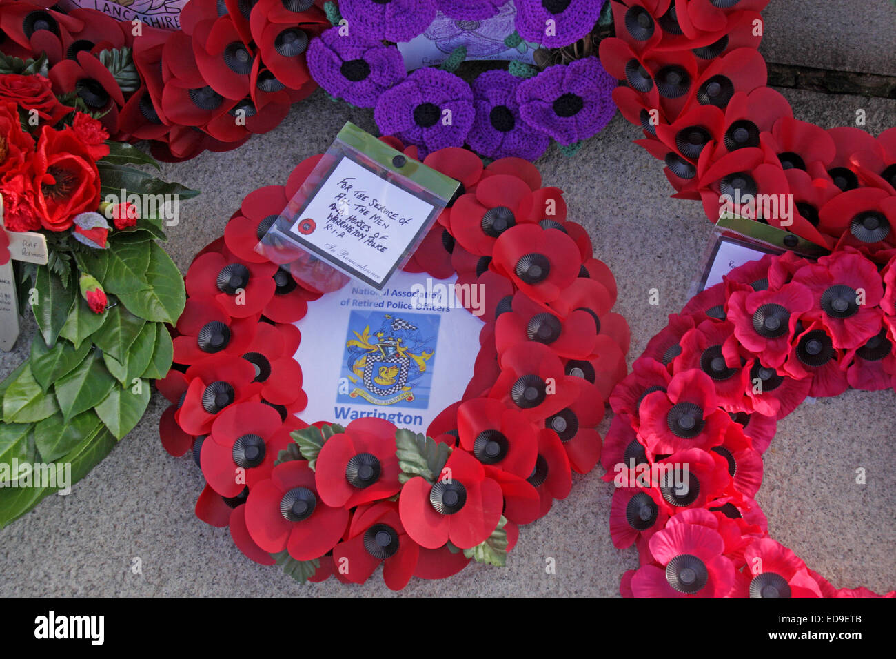 Remembrance day & Poppy wreaths Warrington Cenotaph Nov 2014, Bridgefoot, Wilderspool Causeway, Cheshire, England, - Stock Image