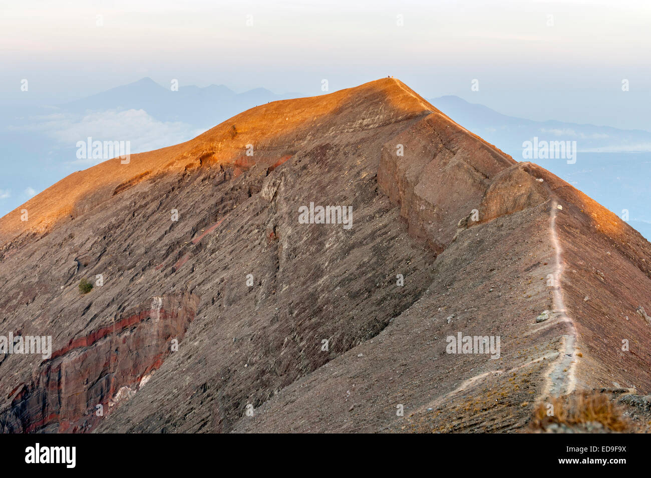 The hiking path on the summit of Gunung Agung (3142m), the highest volcano on the island of Bali, Indonesia. - Stock Image