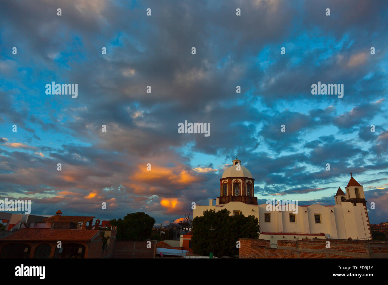 A magnificent SUNSET over the SAN ANTONIO CHURCH in SAN MIGUEL DE ALLENDE - MEXICO - Stock Image