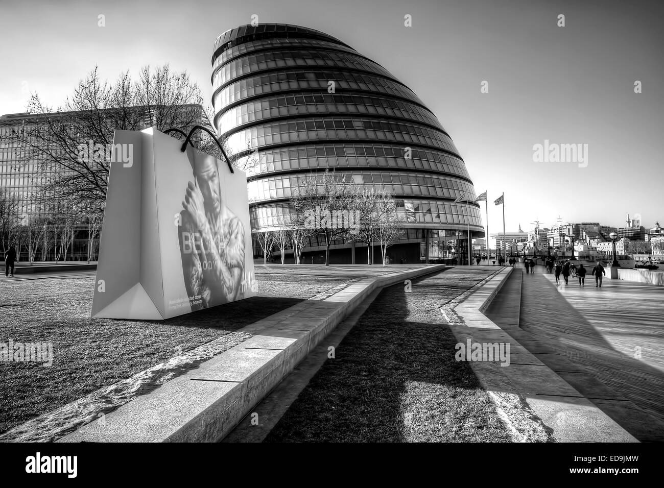 City Hall London is home to the Mayor of London, the London Assembly and the 600 or so permanent staff who work - Stock Image