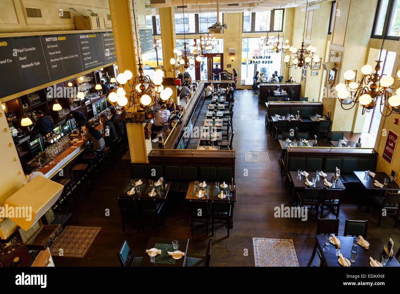 Th Street Corner Cafe