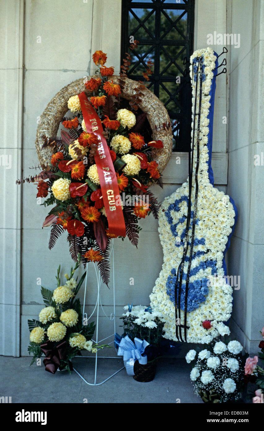 Elvis Presley Funeral Flowers Memphis Stock Photos Elvis Presley