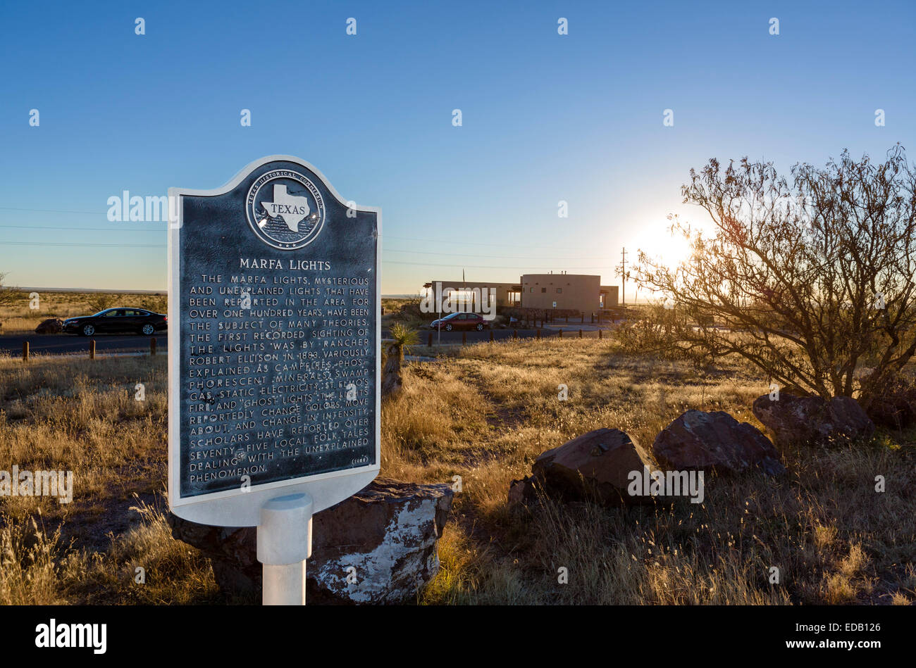 The Marfa Lights viewing location at sunset, US Route 67, Mitchell Flat, Marfa, Texas, USA - Stock Image