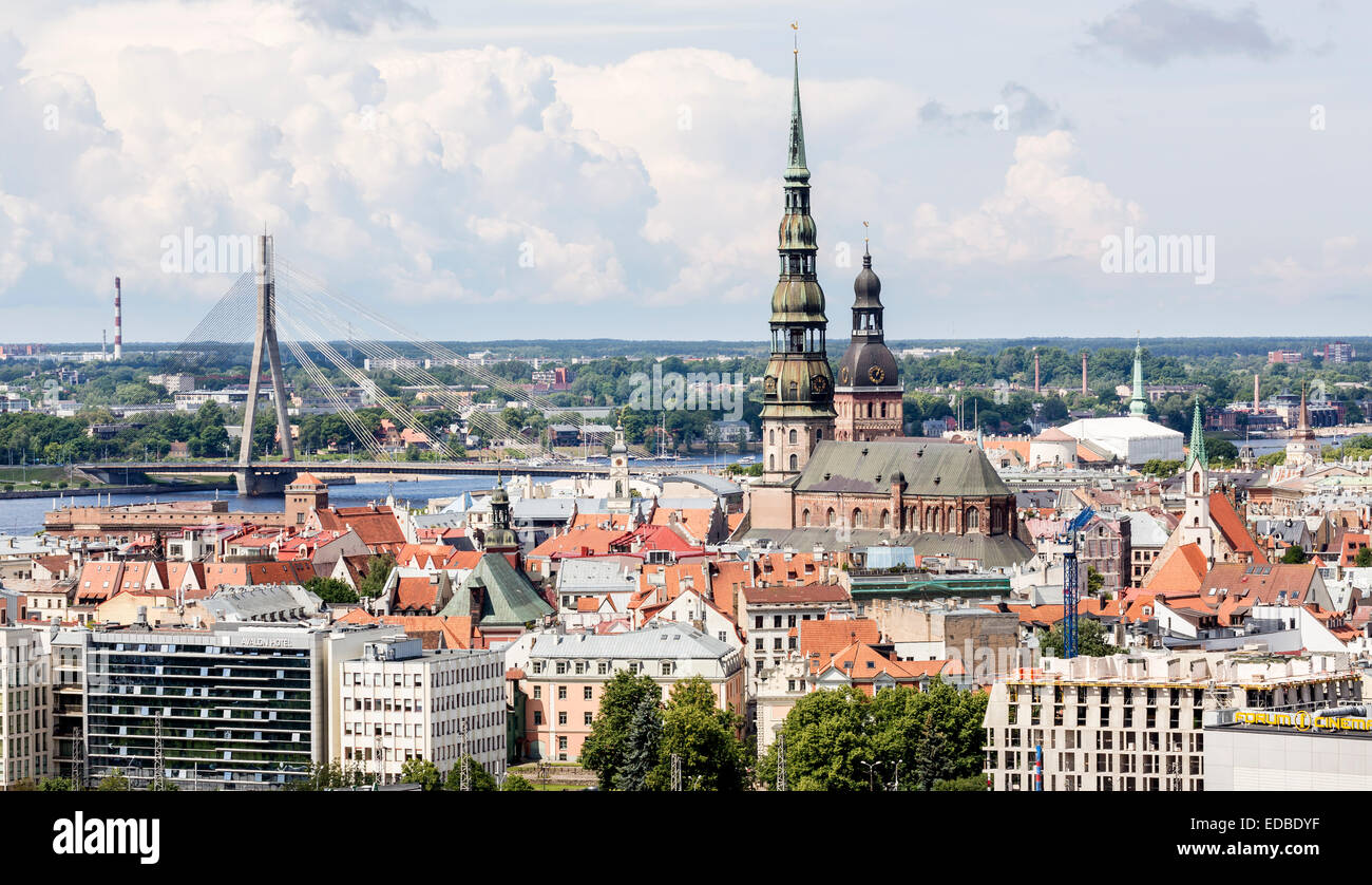 Historic centre with St. Peter's Church, Cathedral, Vanšu-Bridge, Riga, Latvia - Stock Image