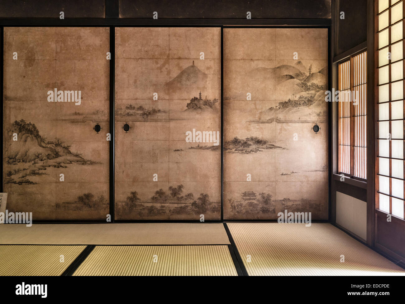 Shinju-an zen temple, Daitoku-ji, Kyoto, Japan. Chinese landscape painted on sliding partitions (fusuma) in a reception - Stock Image