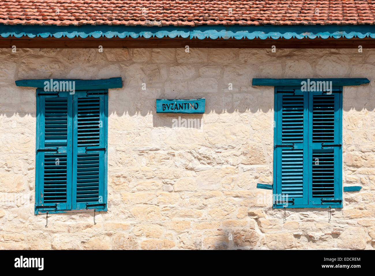 Typical House with wooden shutters in Cyprus - Stock Image