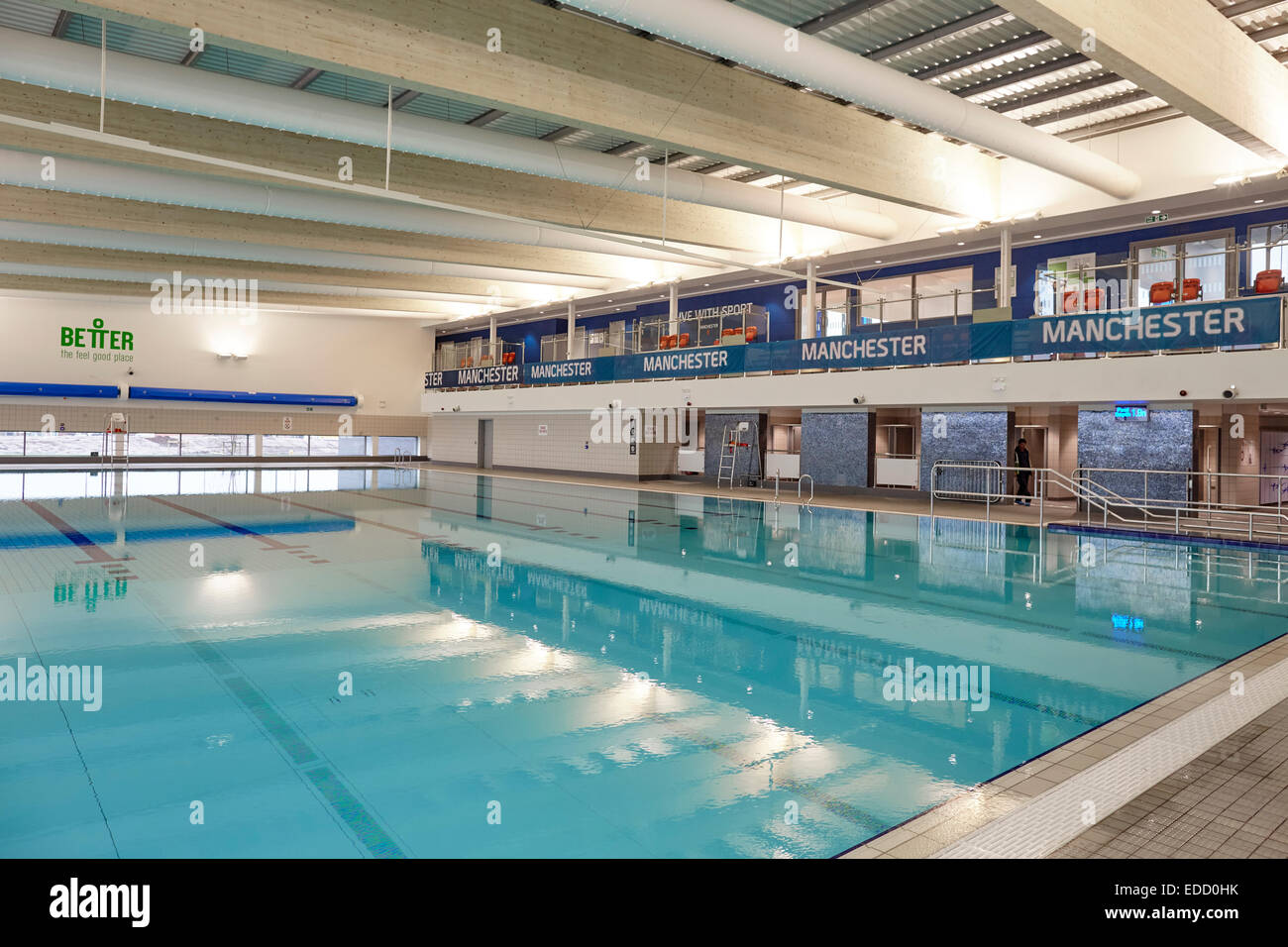 Deep end swimming pool stock photos deep end swimming pool stock images alamy for Public swimming pools manchester
