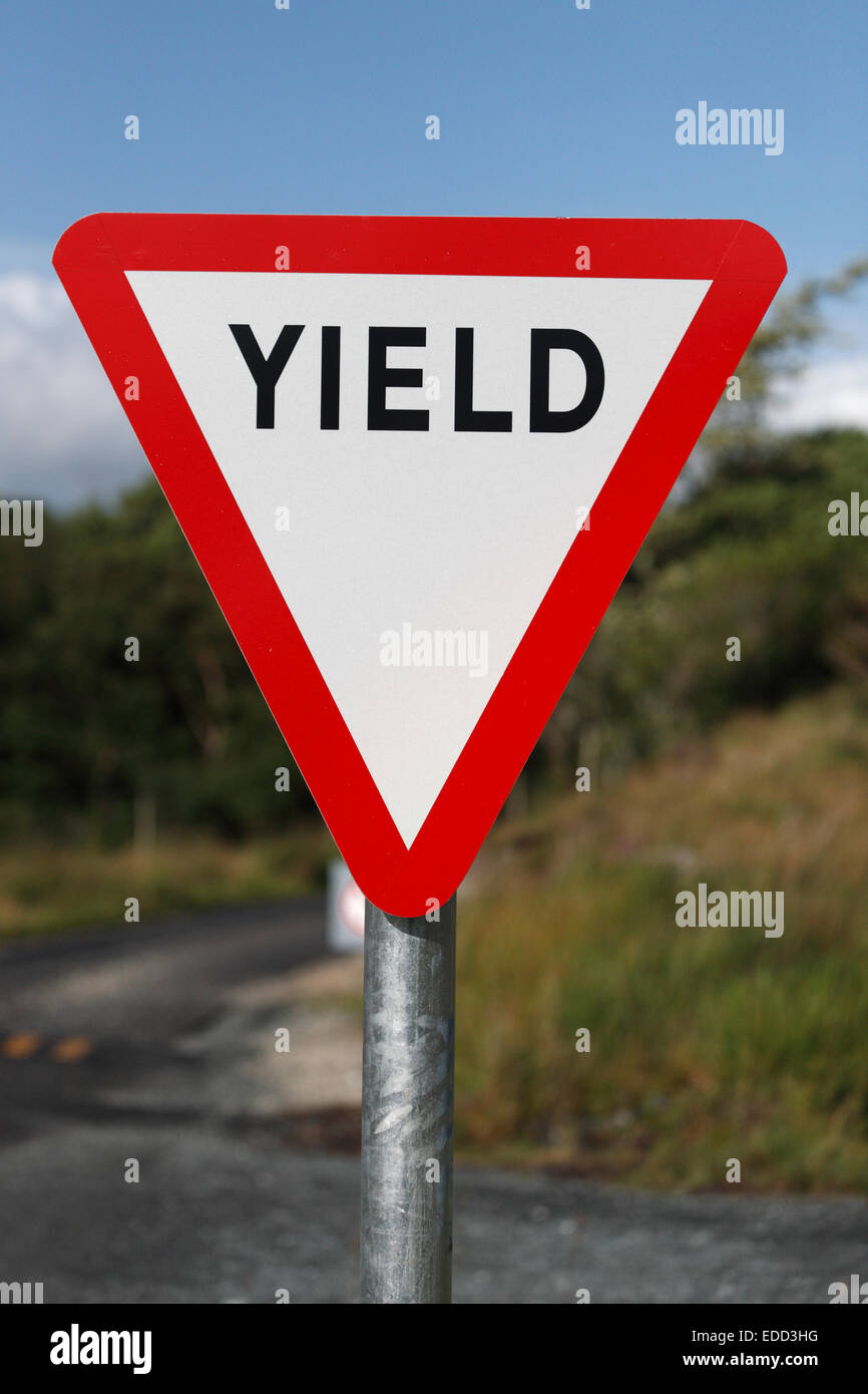 yield sign in Ireland - Stock Image