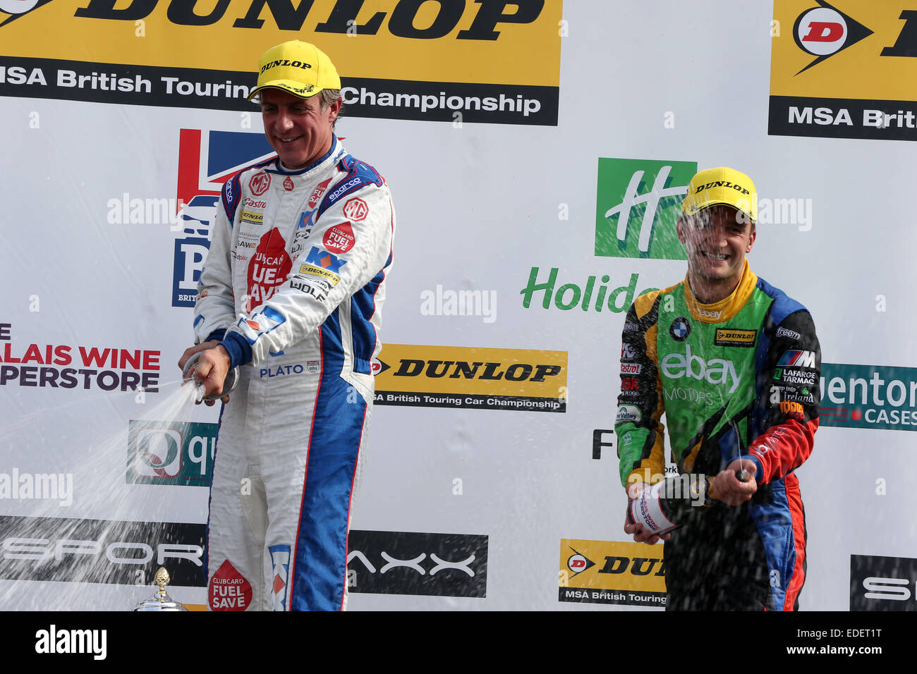 Jason Plato (GBR) MG KX Clubcard Fuel Save MG6 GT and Colin Turkington (GBR) eBay Motors BMW 125i M Sport - Stock Image