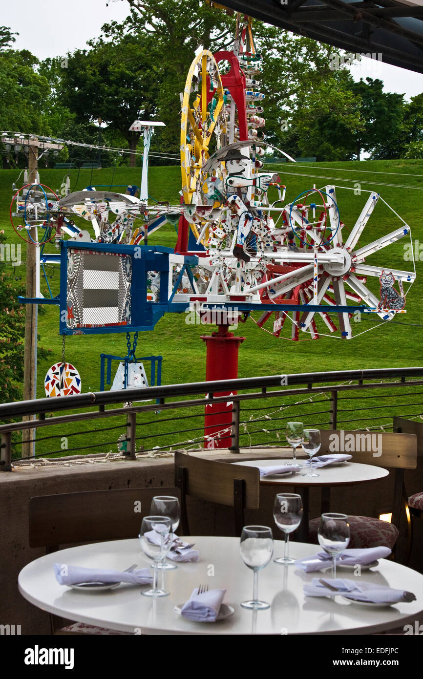 American Visionary Art Museum, Baltimore, Maryland, AVAM, Whirligig, 1995, Vollis Simpson, dining pavilion, - Stock Image