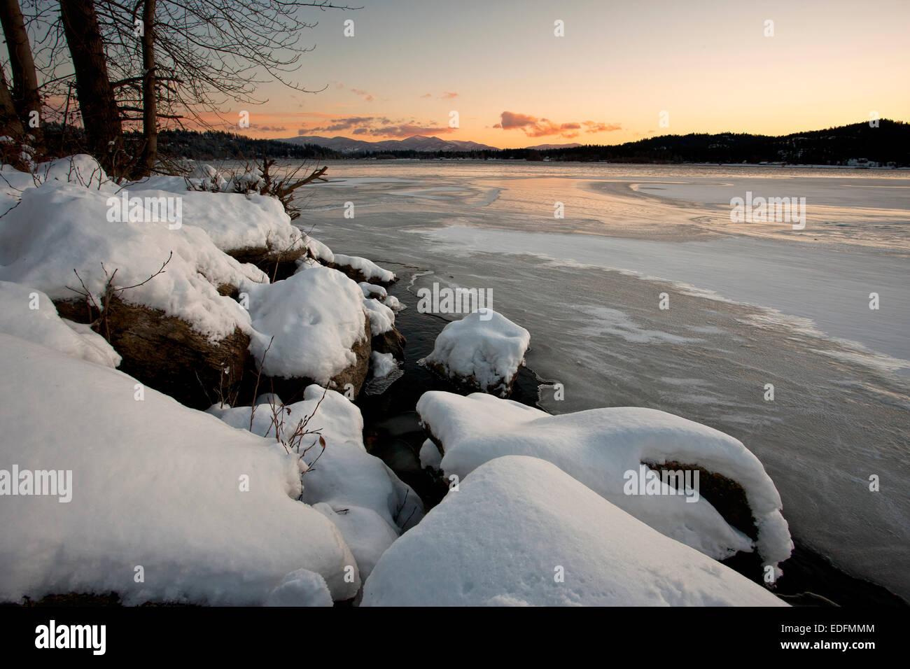 Frozen Hauser Lake. - Stock Image