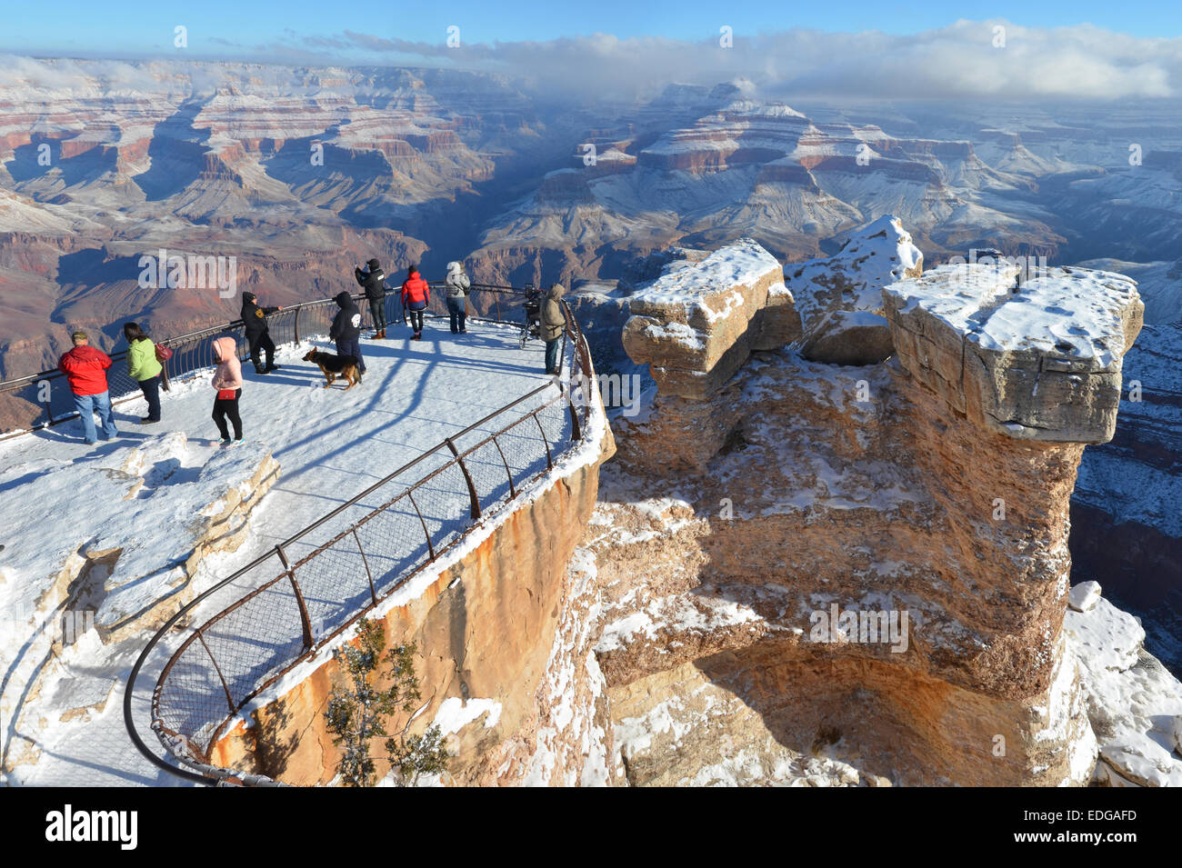 View Of Snow Coating The South Rim Of Grand Canyon From Yavapai Point Stock Photo Alamy