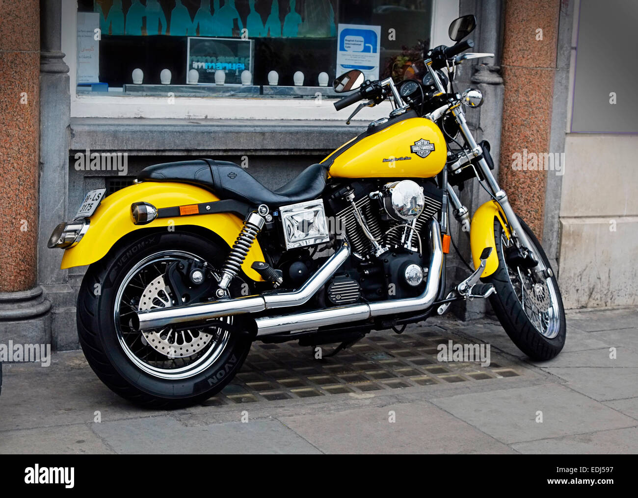 yellow motorcycle pic  Yellow Harley Davidson Stock Photos
