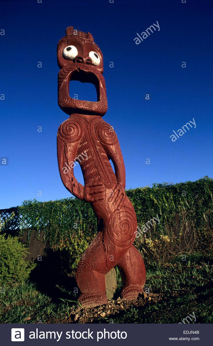 Maori sculpture, Rotorua, North Island, New Zealand. - Stock Image