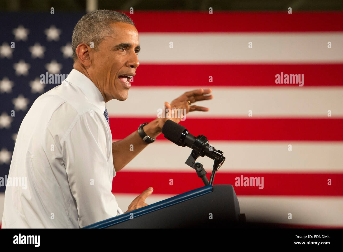 Wayne, Michigan, USA. President Barack Obama speaks at Ford's Michigan Assembly Plant. Obama celebrated car - Stock Image