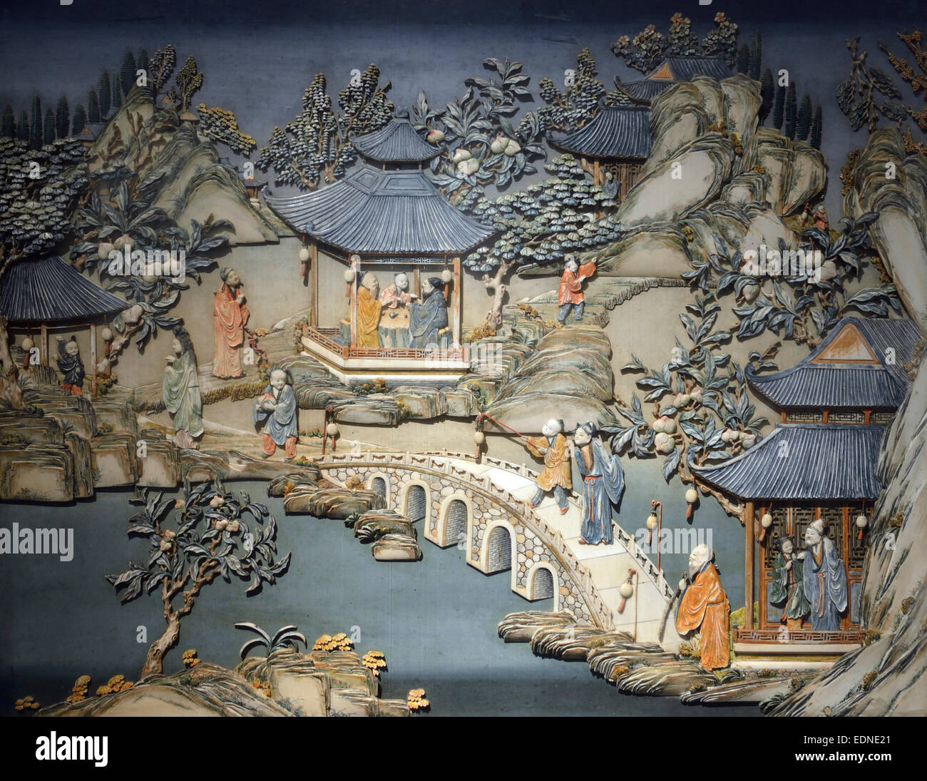 Dyed ivory relief patterns on an inlaid panel. Qing Dynasty. Shanghai Museum. - Stock Image
