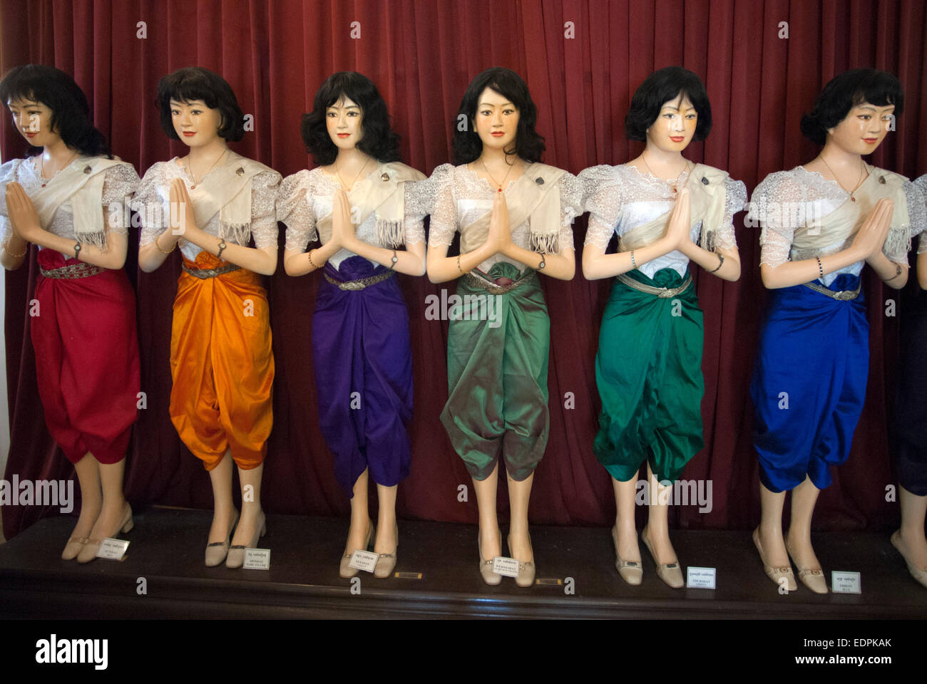 Palace royal phnom penh what to wear 2019