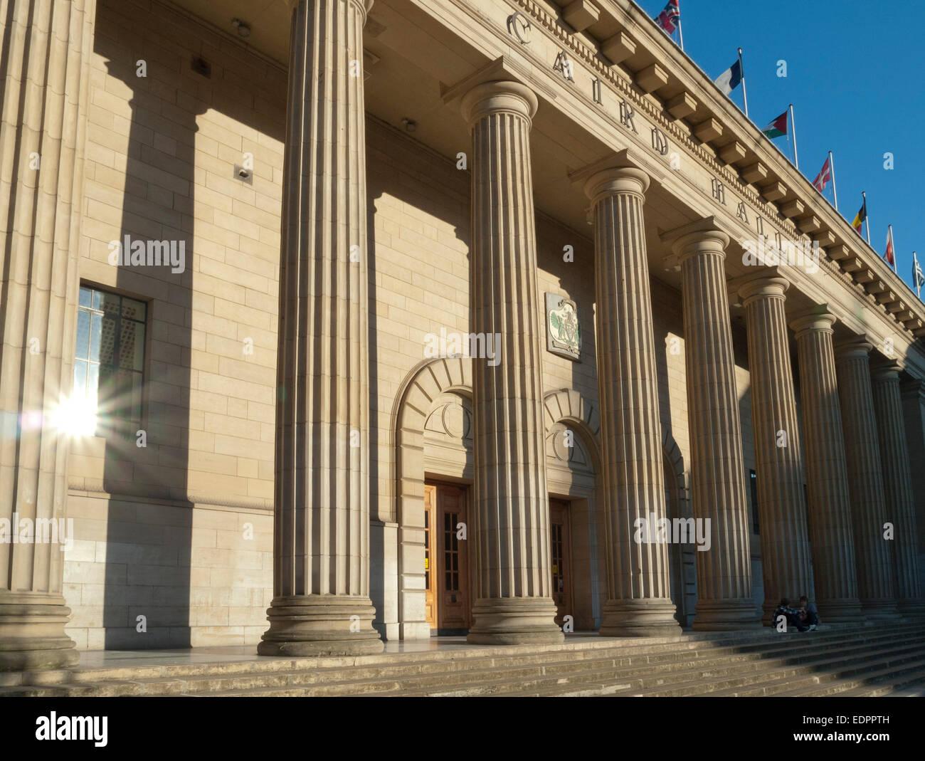 caird hall concert auditorium pillars dundee - Stock Image