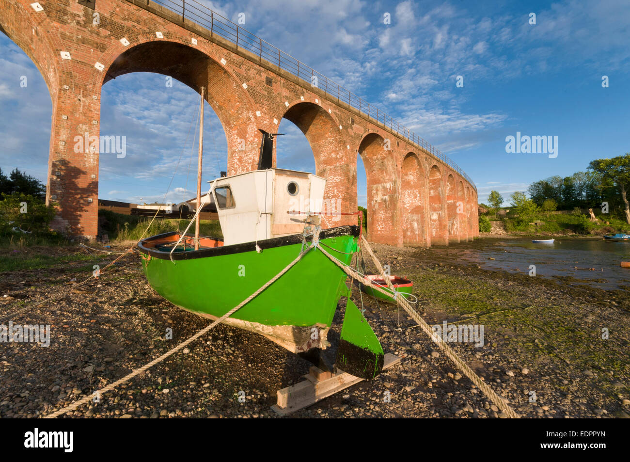 montrose basin viaduct train railway bridge mooring - Stock Image