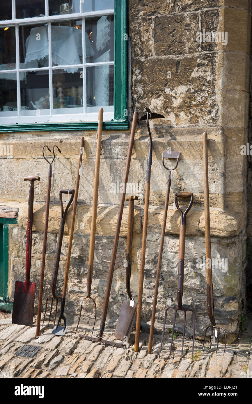 Old Farming And Gardening Implements, Garden Tools At Antique Shop In  Burford High Street ,