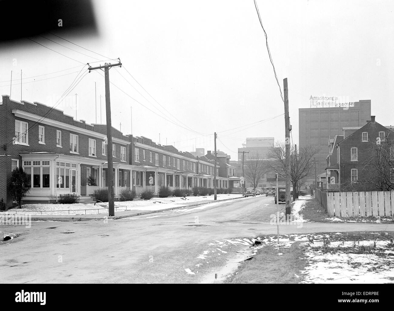 Lancaster, Pennsylvania - Housing. Homes of linoleum workers near plant (plant in distance) - rental $22.00 - $25.00, Stock Photo