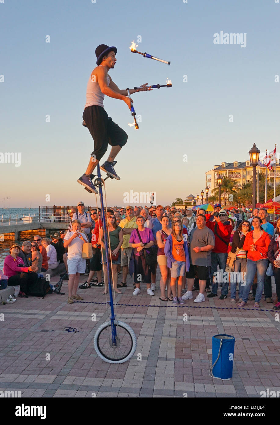 Juggler in Key West's Mallory Square entertaining tourists at sunset. - Stock Image